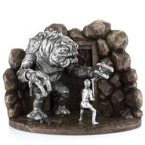 Limited Edition Luke vs Rancor Diorama