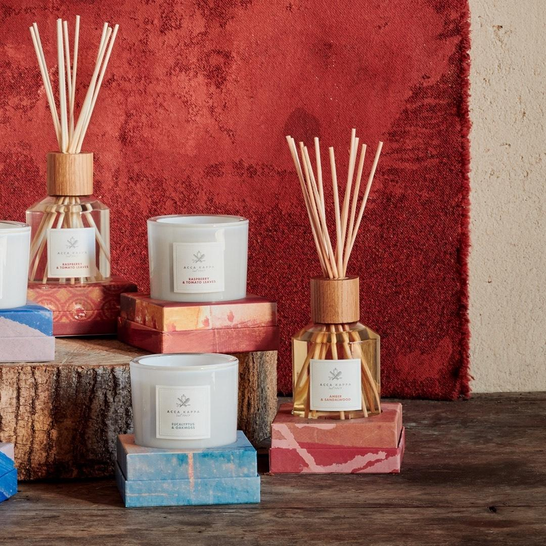 Pictured: The Amber & Sandalwood diffuser and candle by Acca Kappa