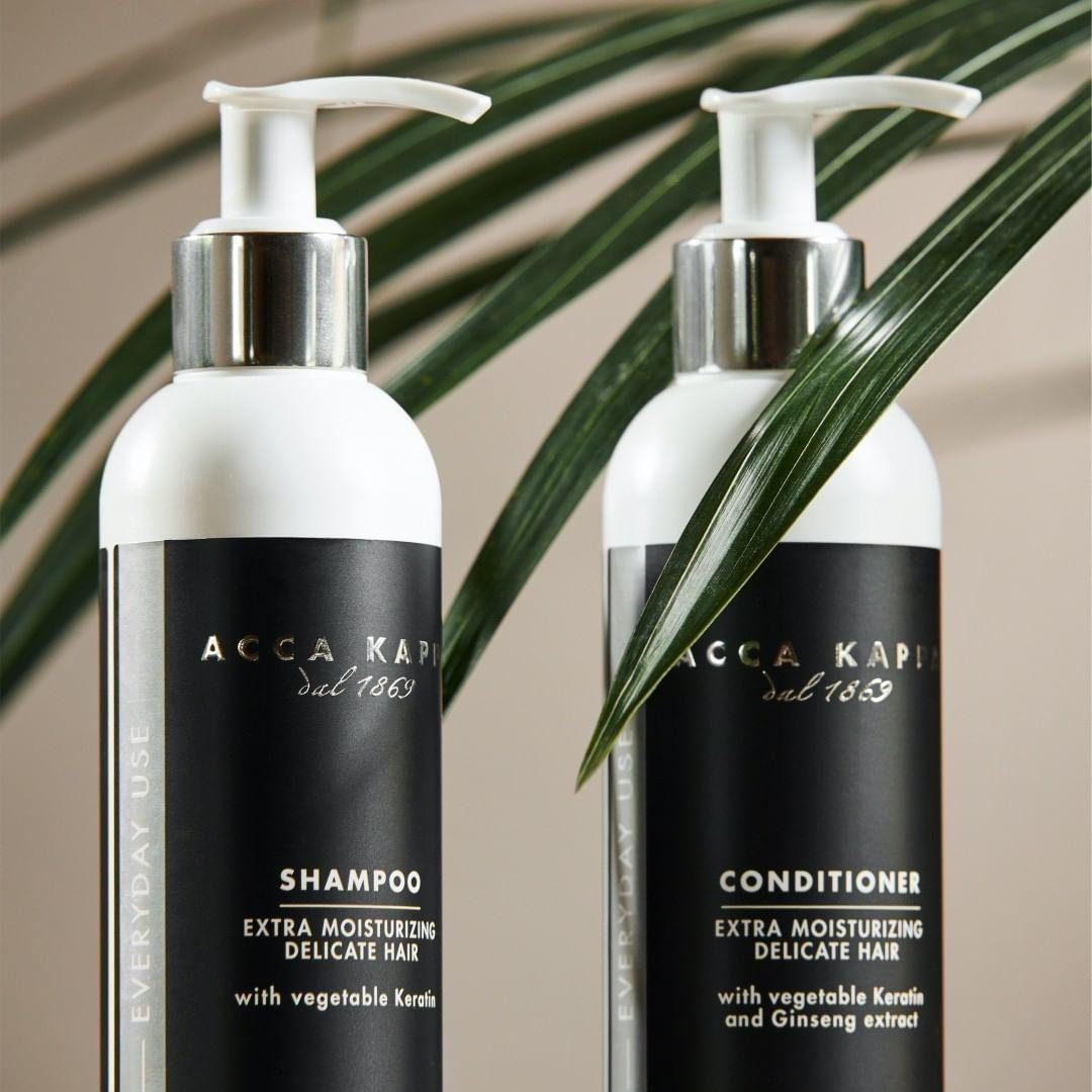 Pictured: The White Moss Shampoo and Conditioner by Acca Kappa