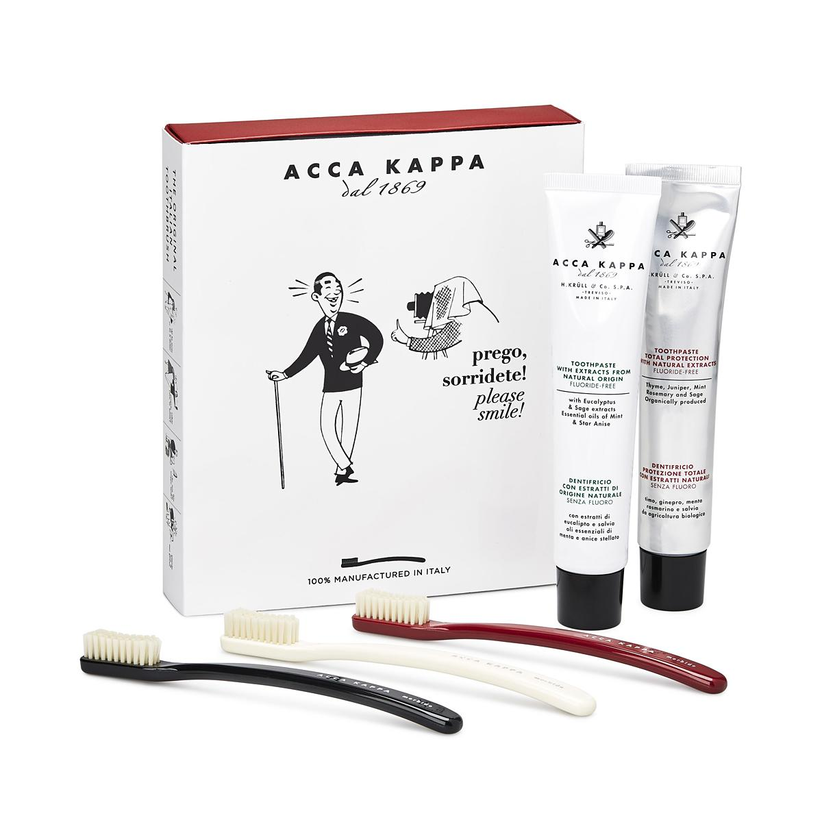 ACCA KAPPA Vintage Collection Gift Set, Total Protection Toothpaste, Natural Toothpaste, 3 Medium Nylon Toothbrushes