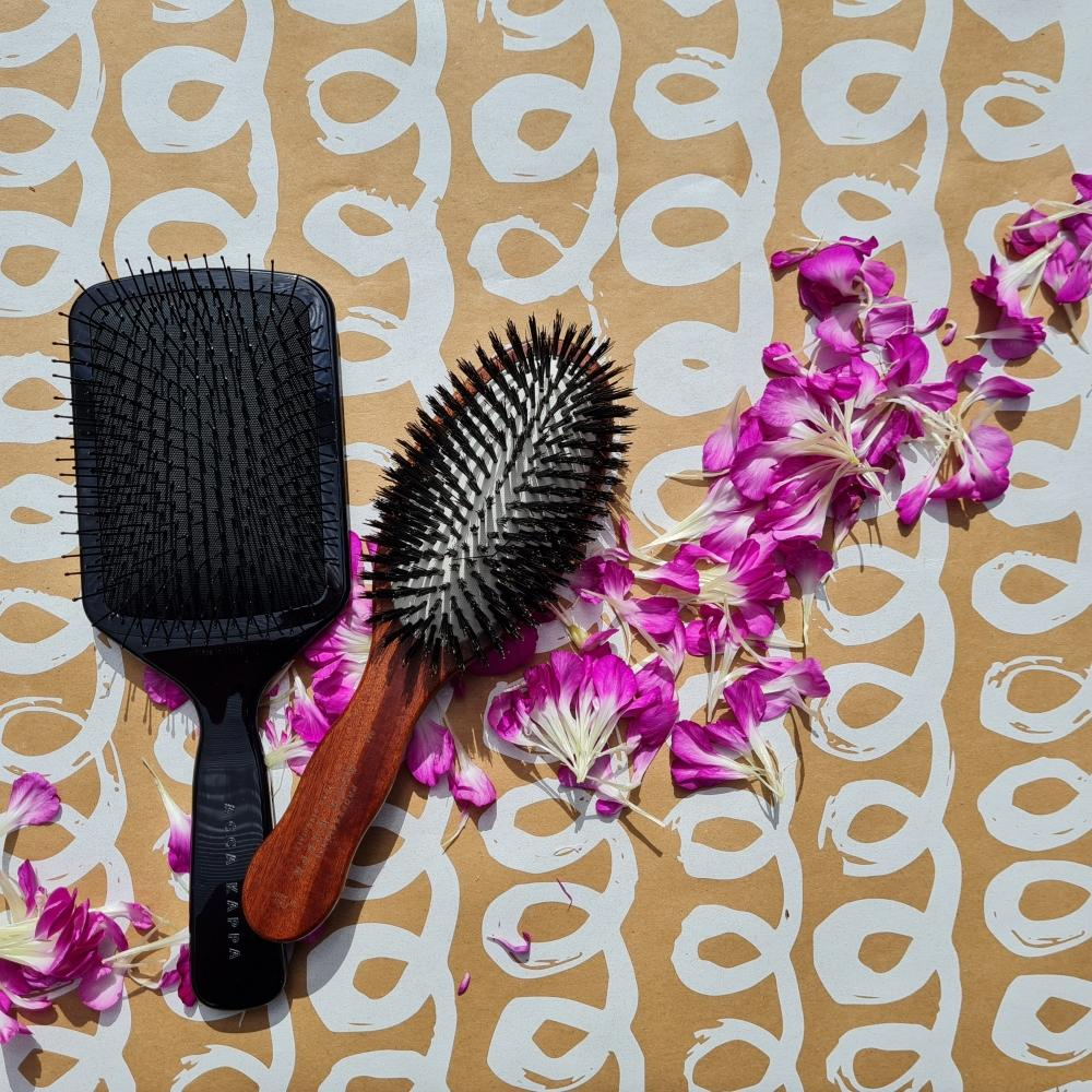 The Pneumatic Pure Bristle and Shower Paddle brush by ACCA KAPPA