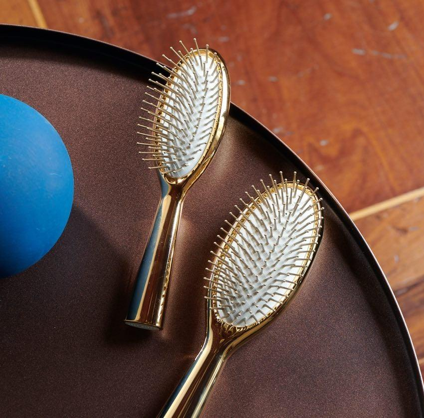 The Special Edition Gold Finish Hairbrush by ACCA KAPPA