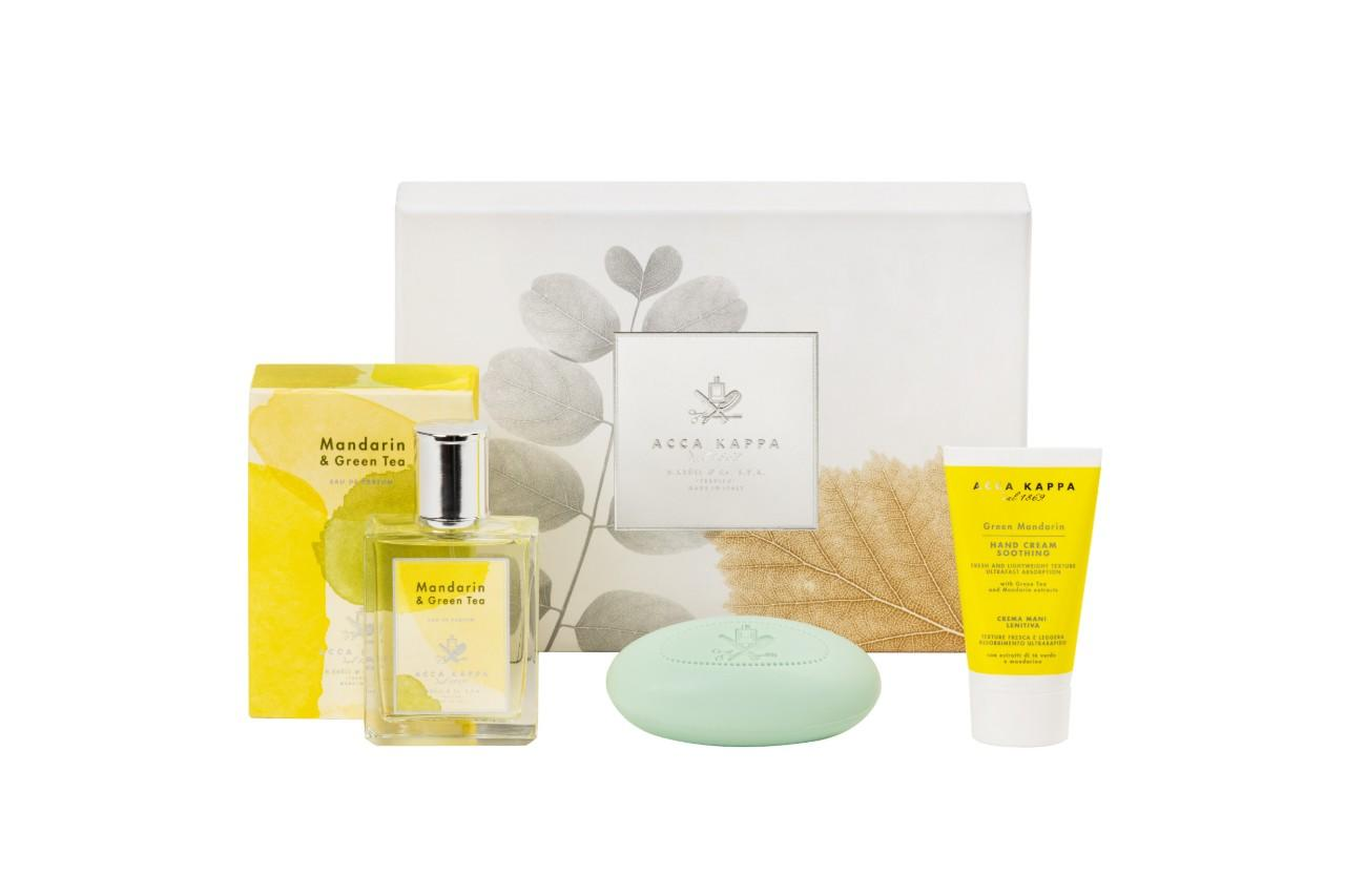 The Mandarin & Green Tea Gift Set including Mandarin & Green Tea Eau de Parfum 100ml, Green Mandarin soap 150gr and Green Mandarin Hand cream 75ml by ACCA KAPPA