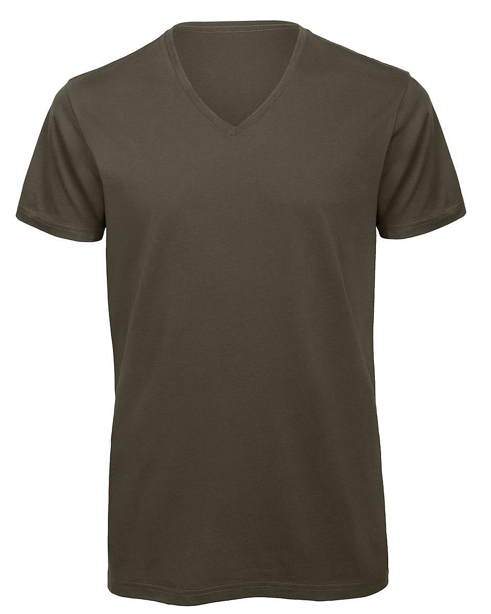 B&C Mens Inspire V-Neck T-Shirt in Red (Product Code: TM044)