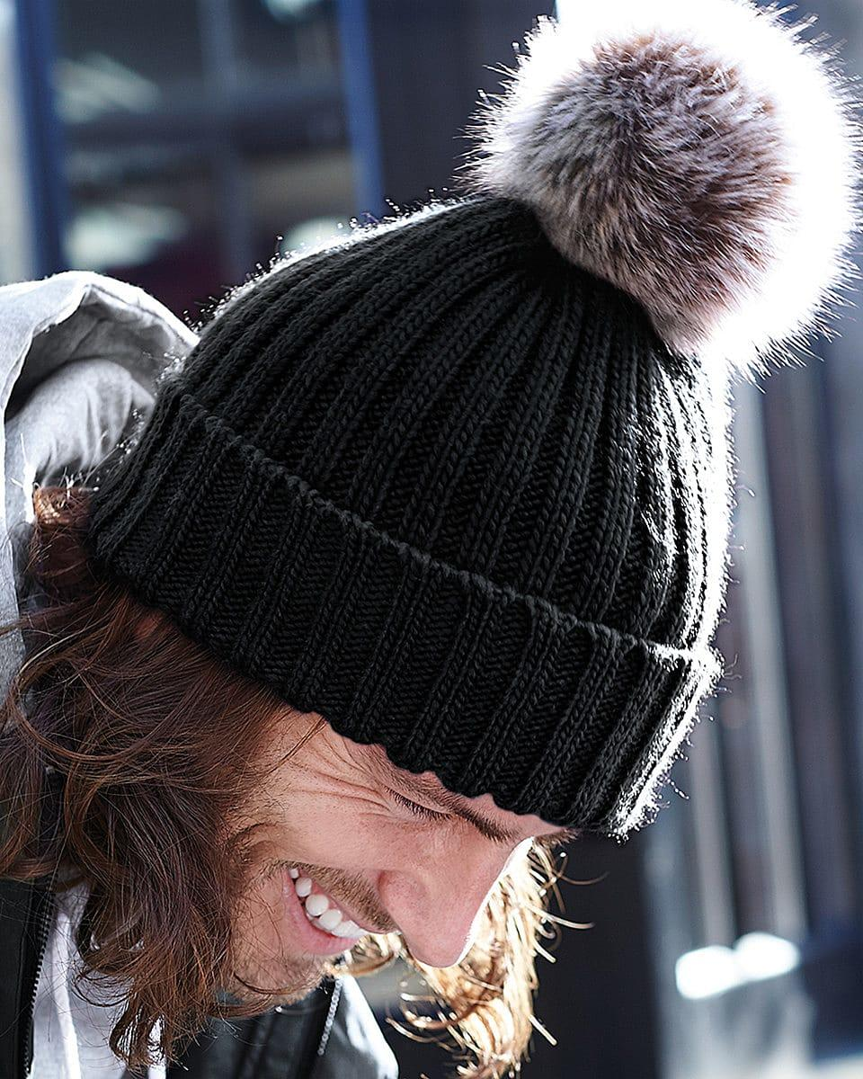 Beechfield Fur Pop Pom Chunky Beanie Hat in Black (Product Code: B412)