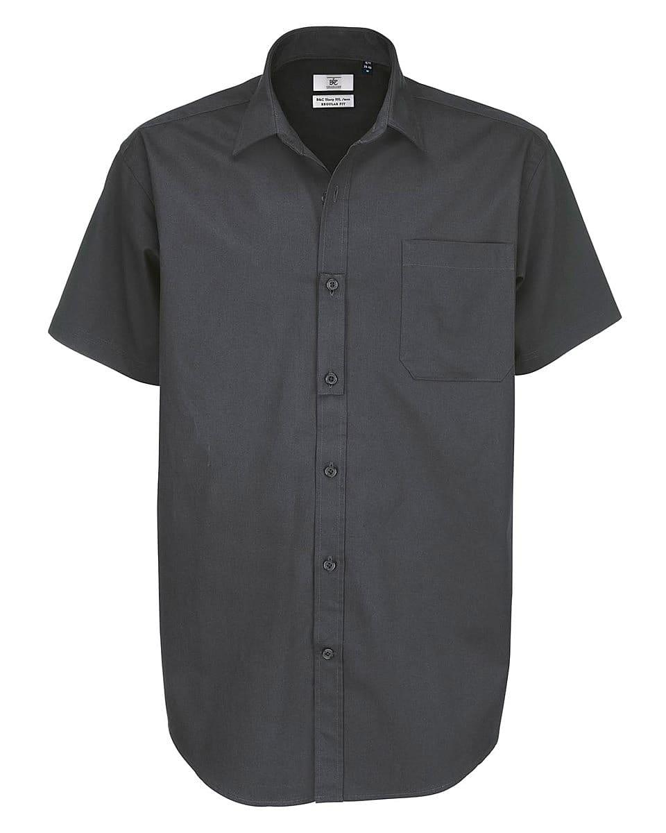 B&C Mens Sharp Twill Short-Sleeve Shirt in Dark Grey (Product Code: SMT82)