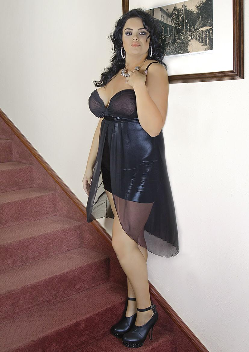 Plus Size Black Open Bust Chemise side view