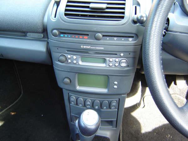stereo radio code 450 fortwo 452 roadster. Black Bedroom Furniture Sets. Home Design Ideas