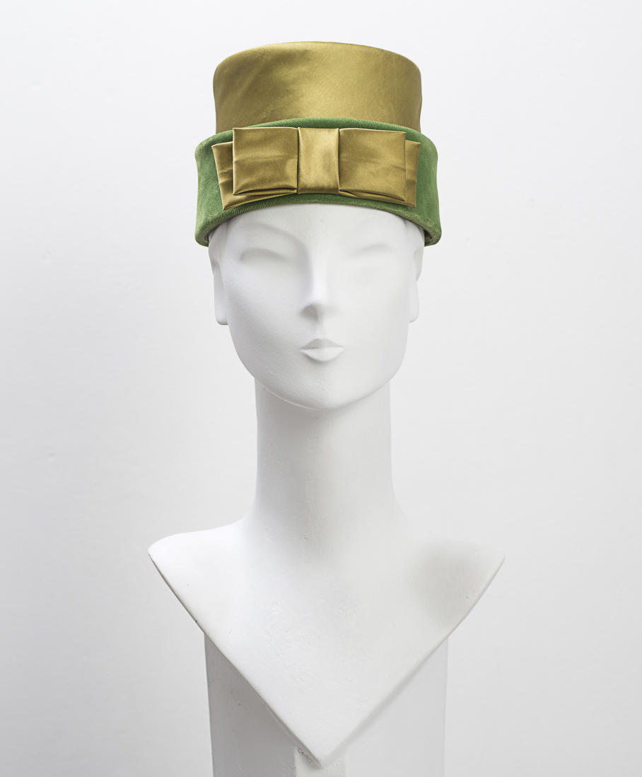 1950's Green Velvet and Satin Hat with Bow