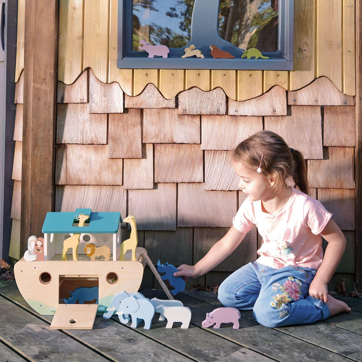 New Noah's Ark with 10 Pairs of Wooden Animals