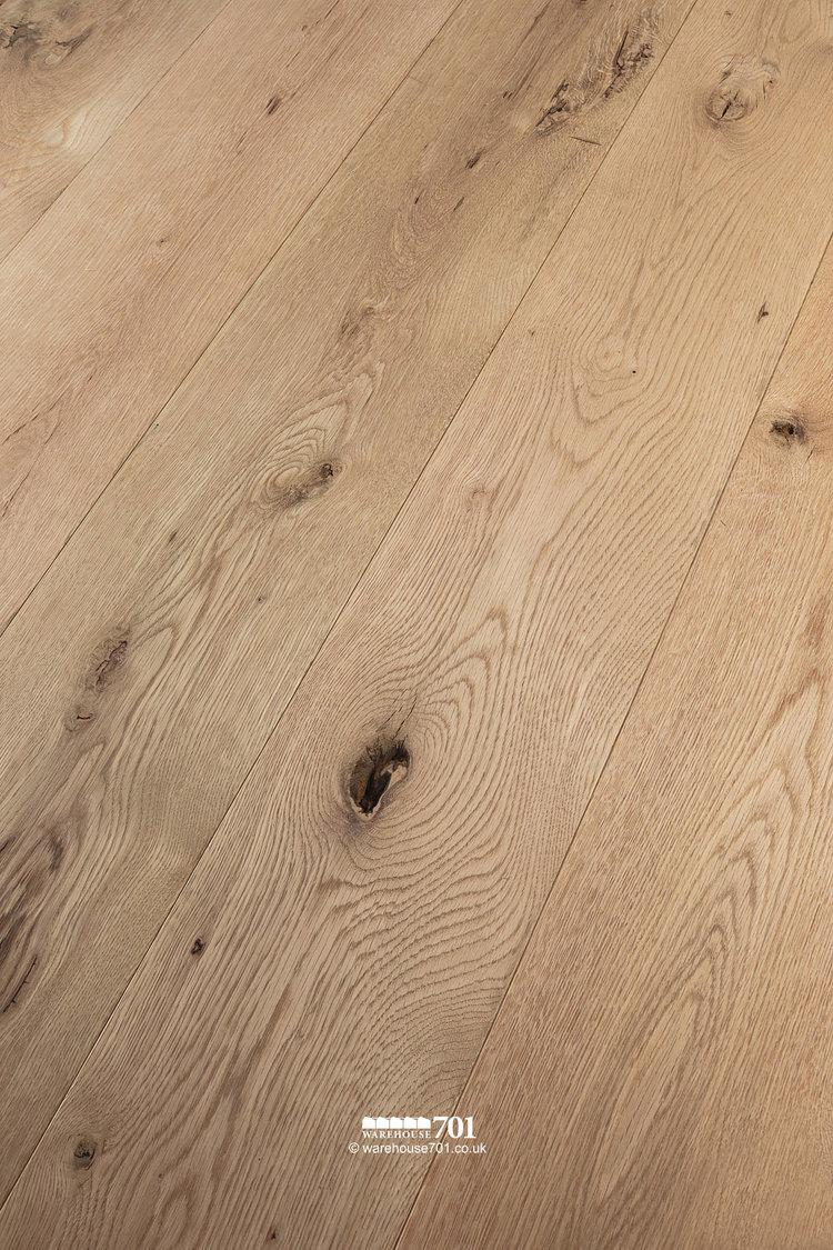 New Natural Oak Solid Wood Plank Flooring