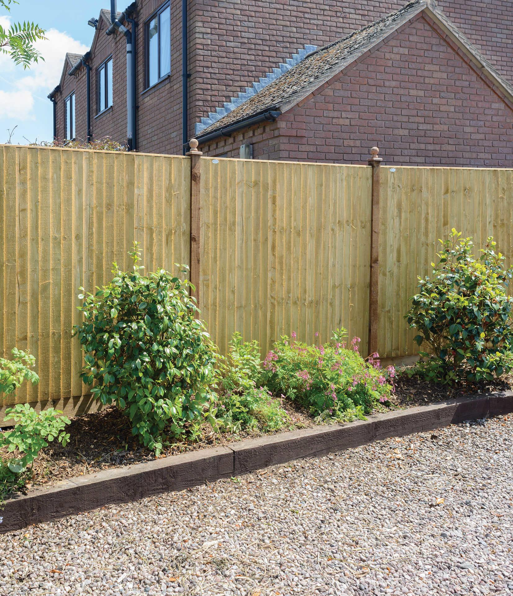 Standard GREEN Featheredge Wood Fence Panel #2