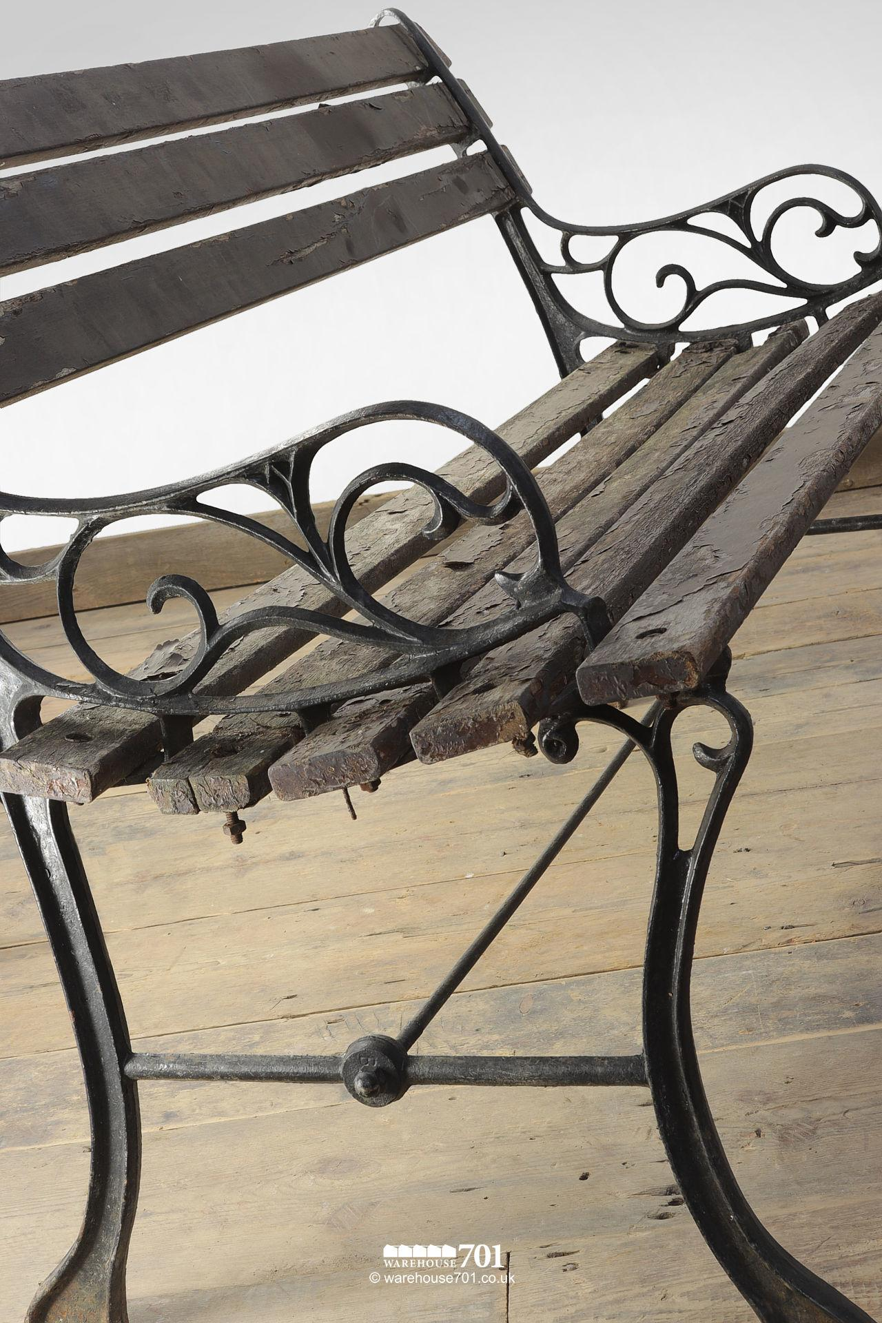 Pretty Scroll Pattern Compact Garden Wood Slat Bench