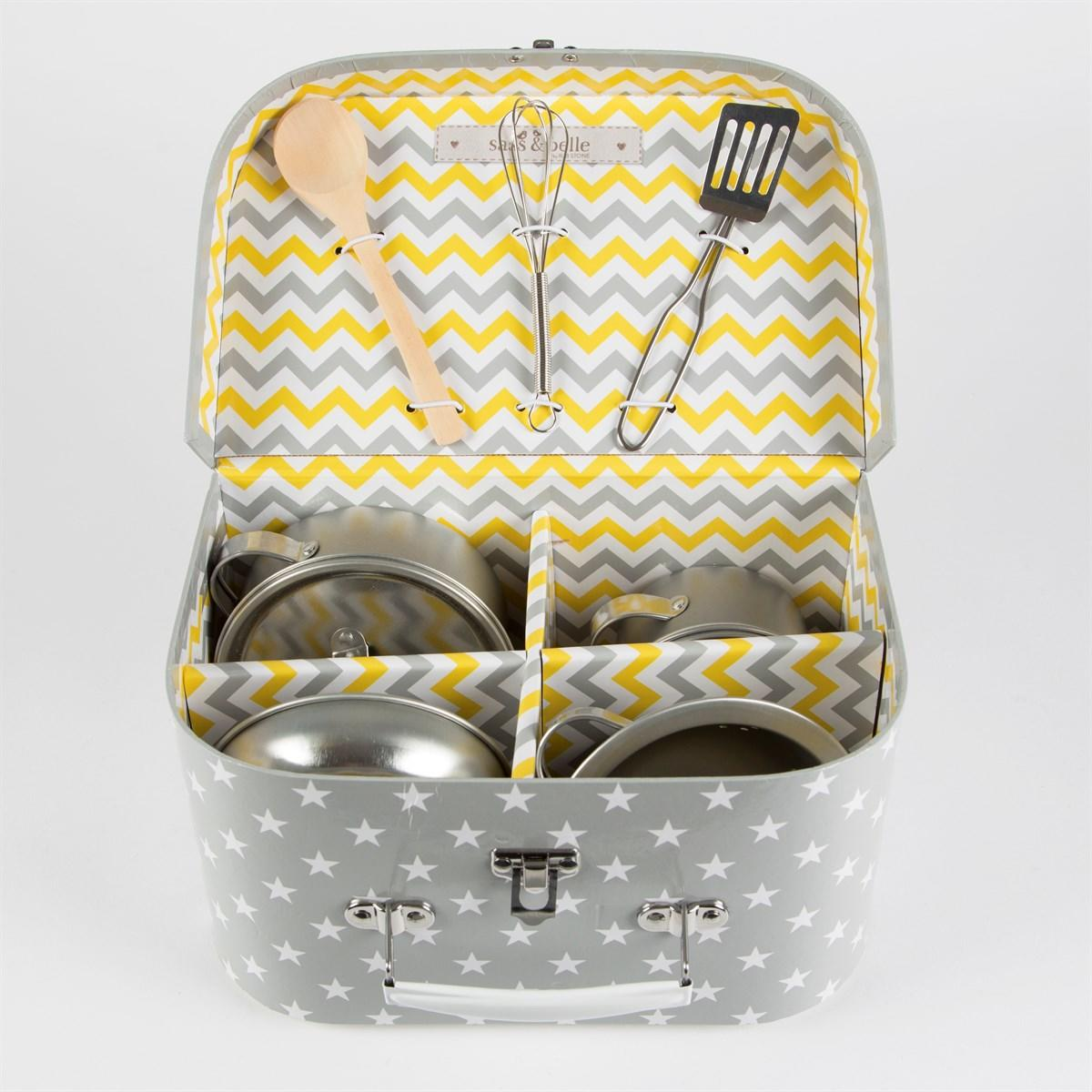 New Grey Stars Childrens Suitcase Containing a Cooking Set