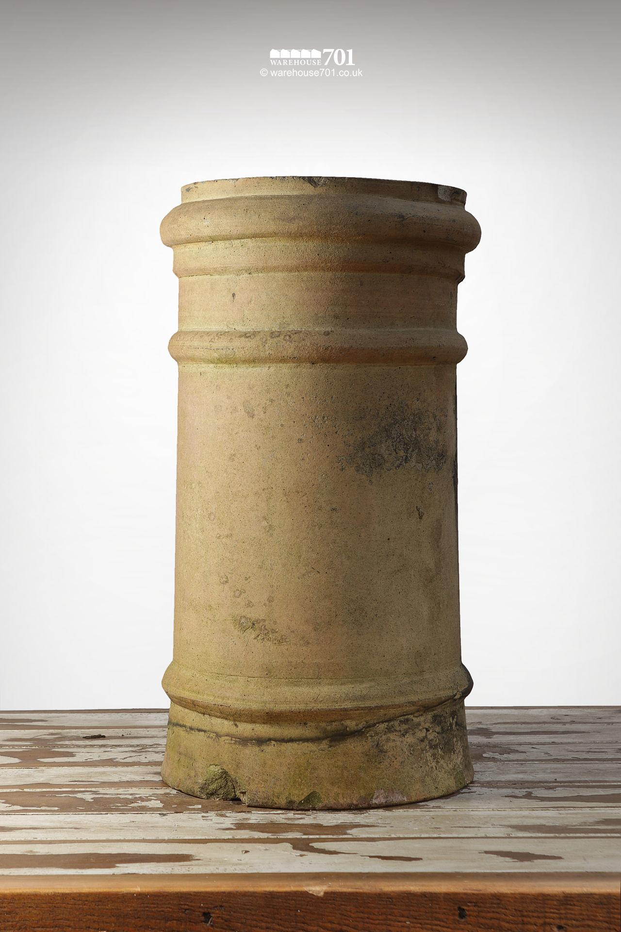 Reclaimed Straight Ribbed Buff Clay Chimney Pot