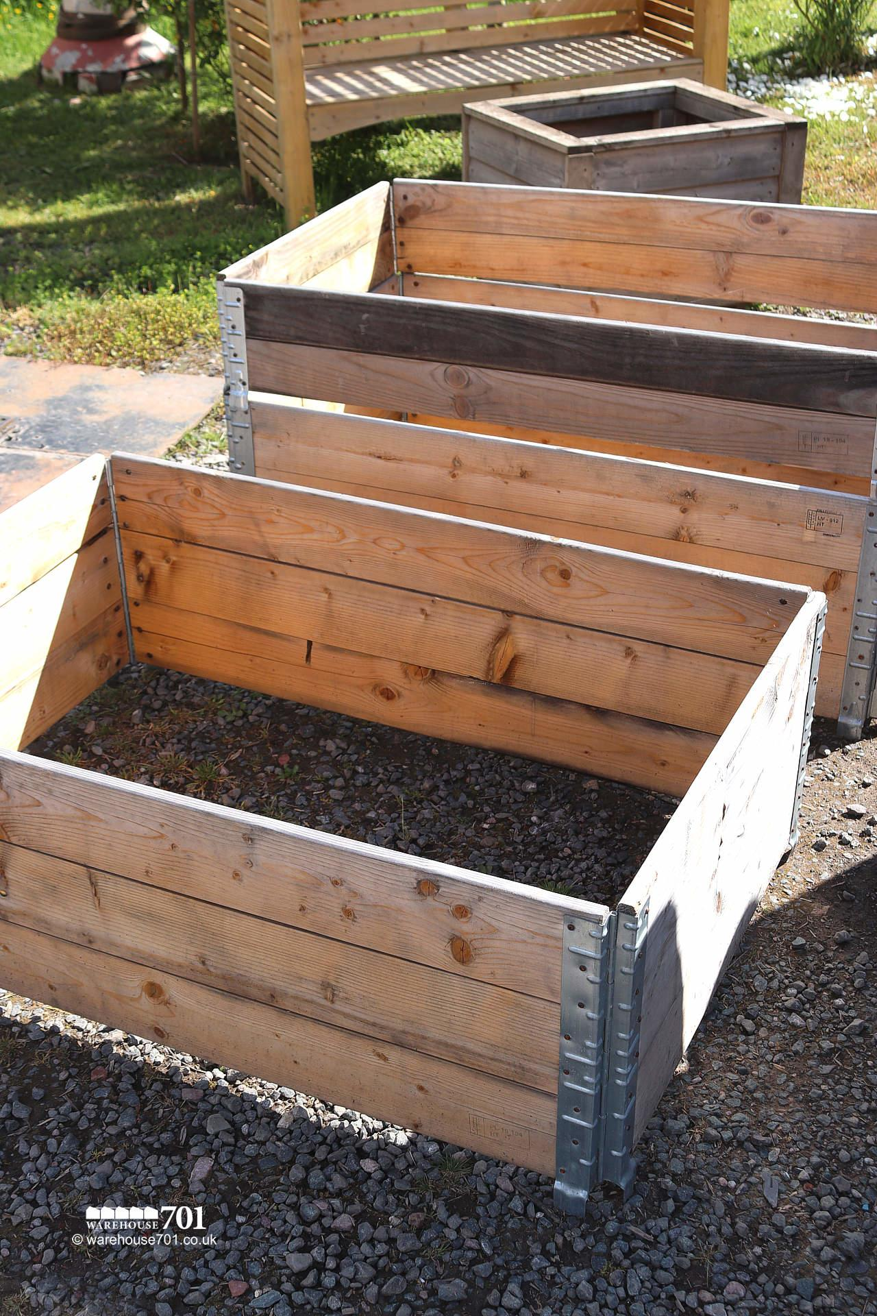 Reclaimed Fold-Flat Stackable Pallet Collars with Metal Corner hinges