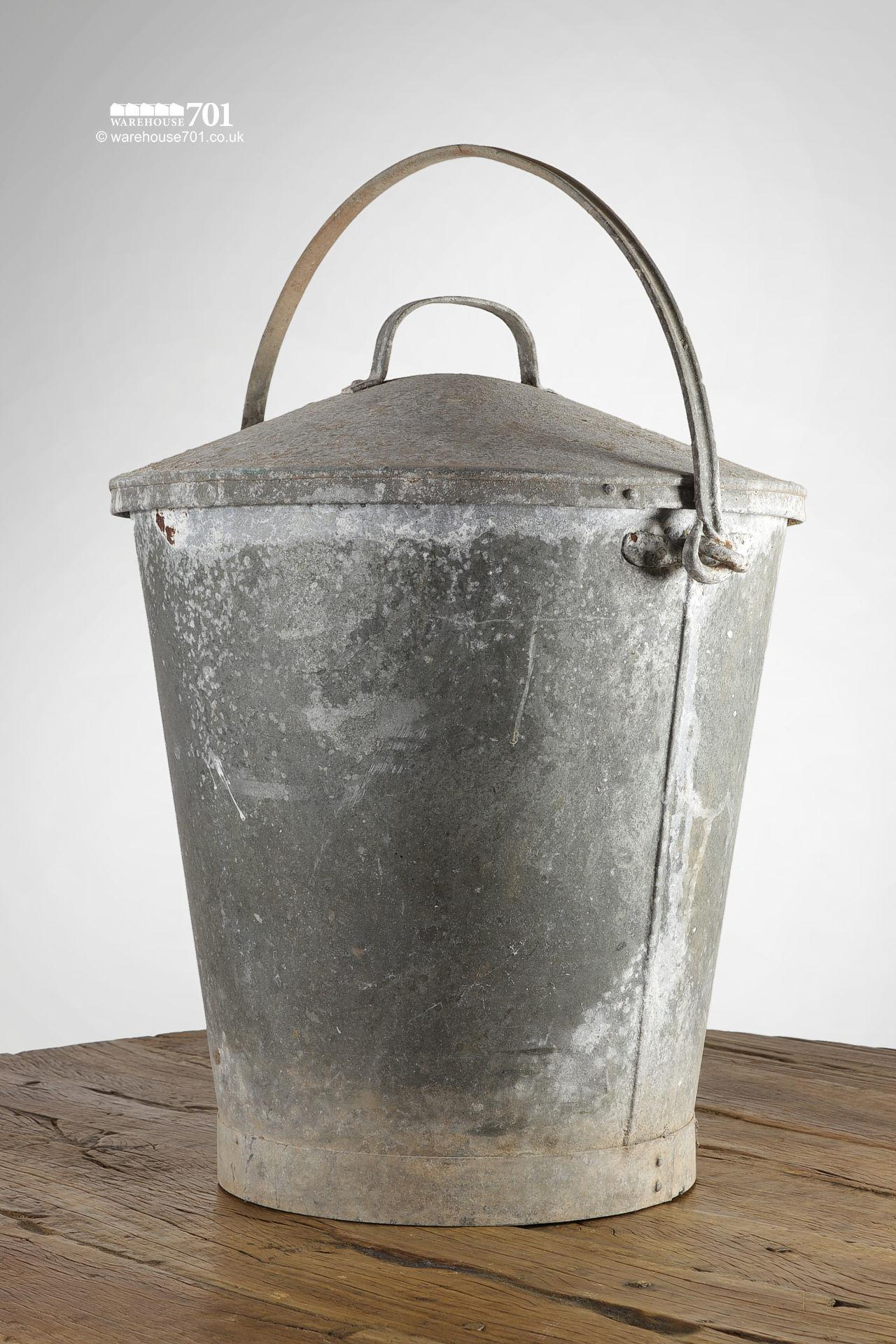 Large Reclaimed Galvanised Bucket with Lid and Handle
