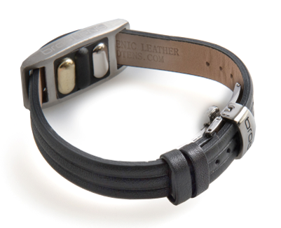 BrodTeNS black leather clasp