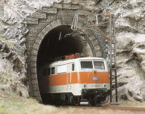 Busch 7026 2 electric locomotive tunnel portals