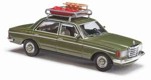 Busch 46865 Mercedes Benz W123 Limo. + Roof rack / sled + Bob