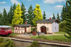 Auhagen 11457 Railway attendant's house with outbuilding