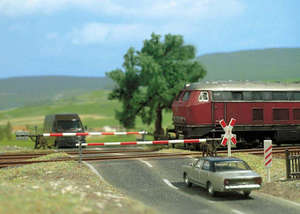 Busch 6021 Level crossing