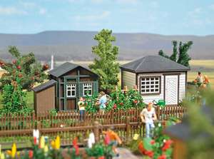 Busch 1616 Set of 2 Summerhouses with gardening accessories