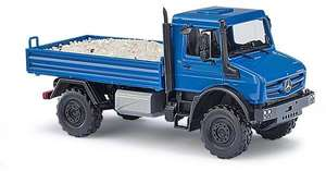 Busch 51018 Mercedes-Benz Unimog u 5023 with Gravel Loading