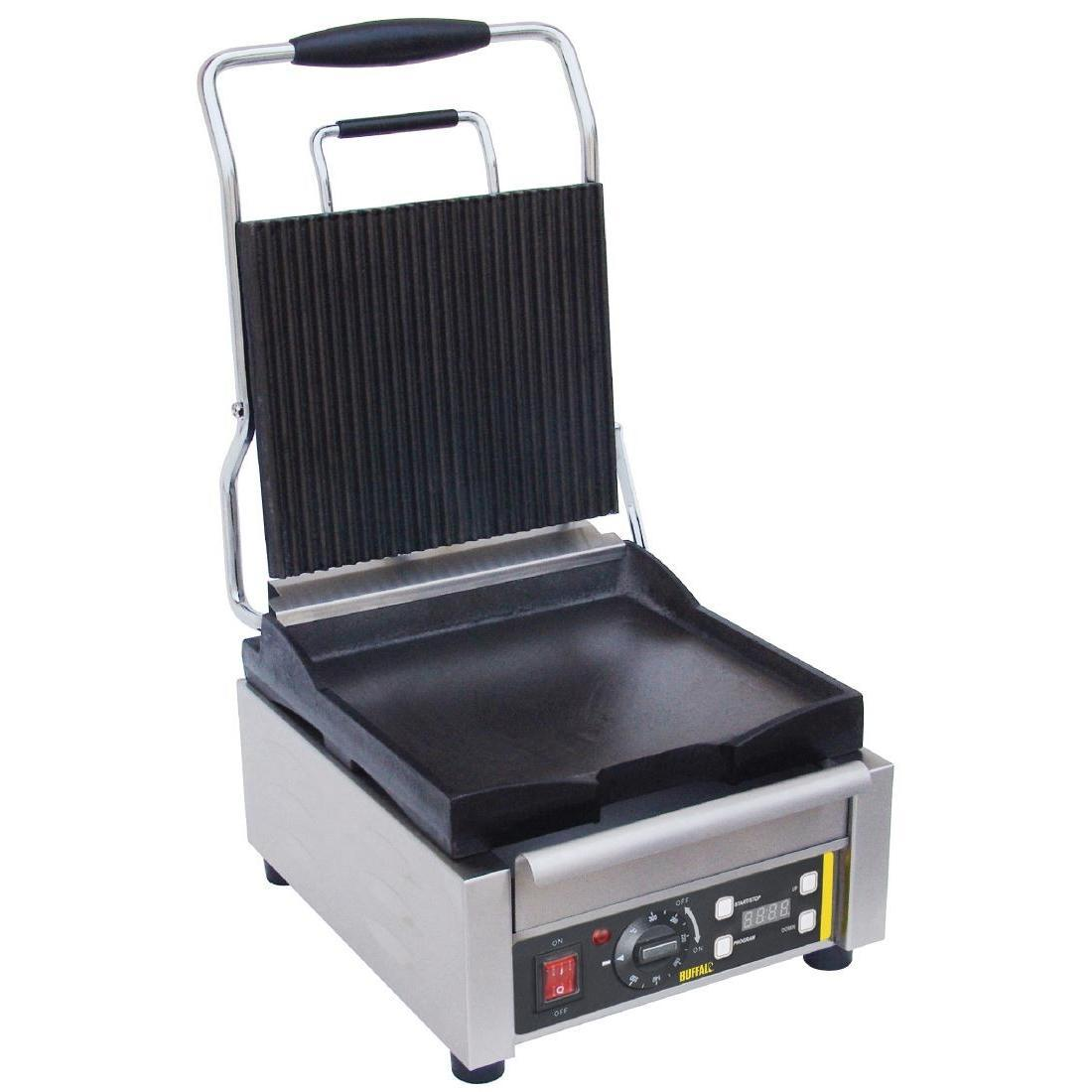 Buffalo Single Contact Grill Ribbed Top - L511