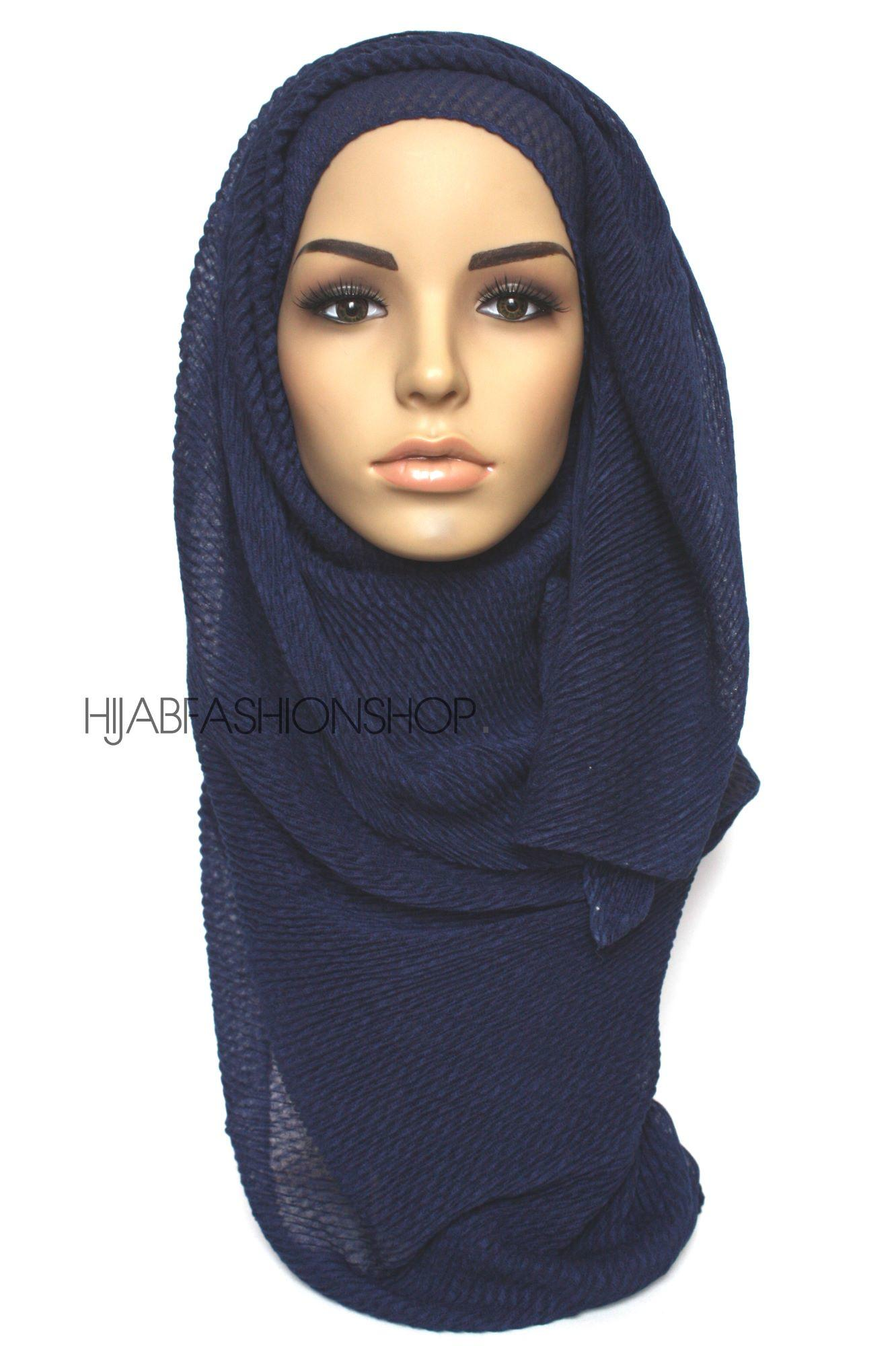 navy pleated hijab