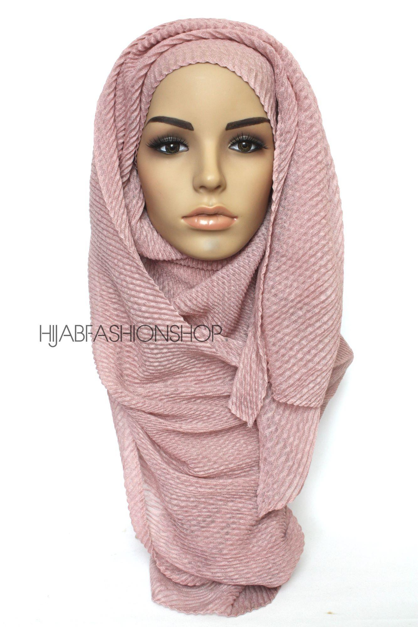 mauve pleated hijab