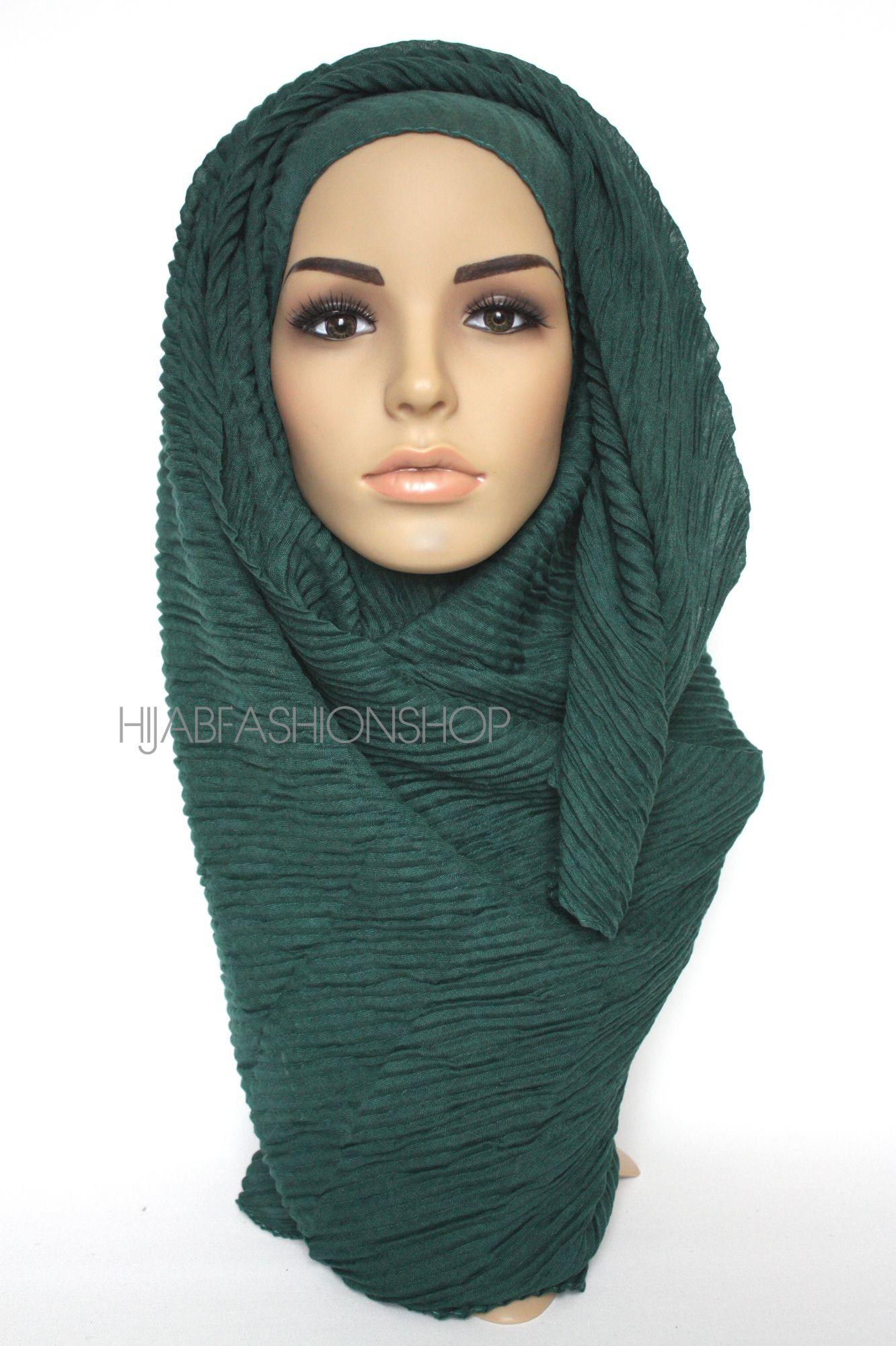 dark green plated hijab