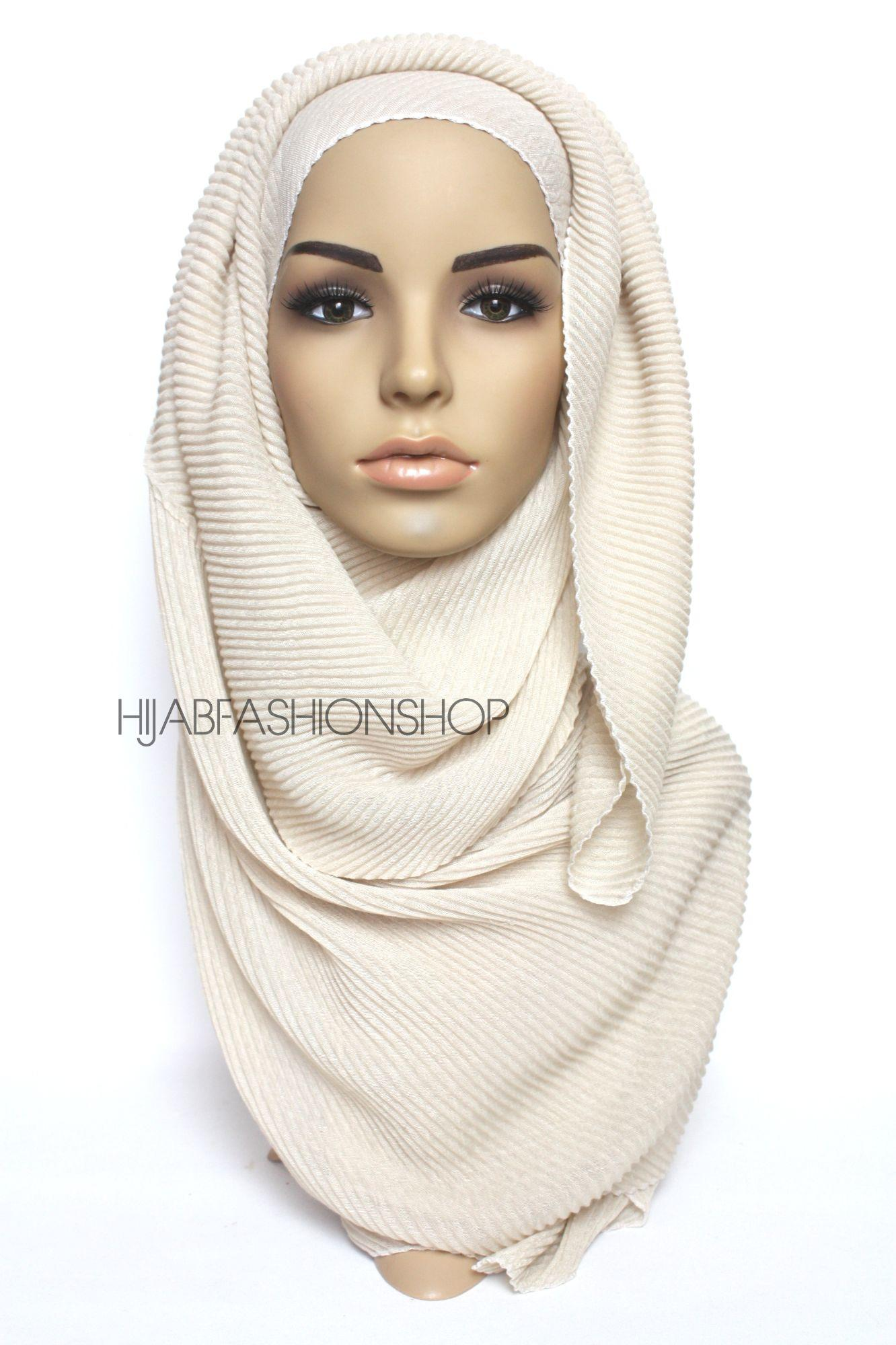 vanilla pleated hijab