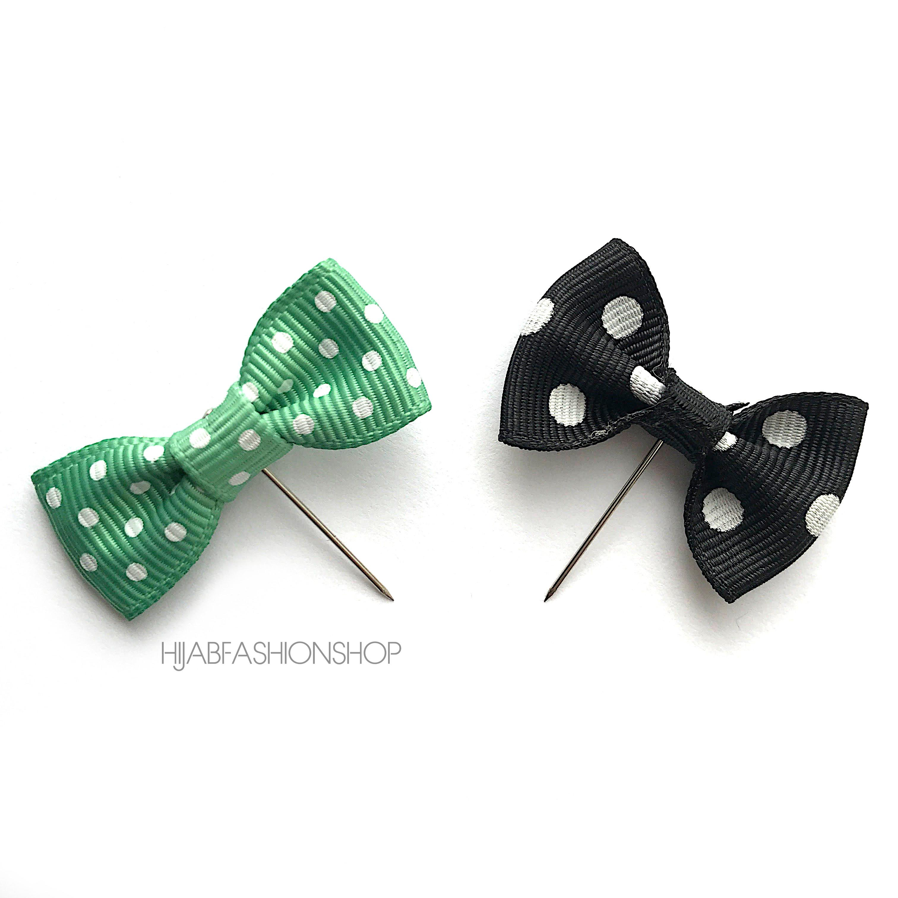 spotty bow hijab pin set of green and black