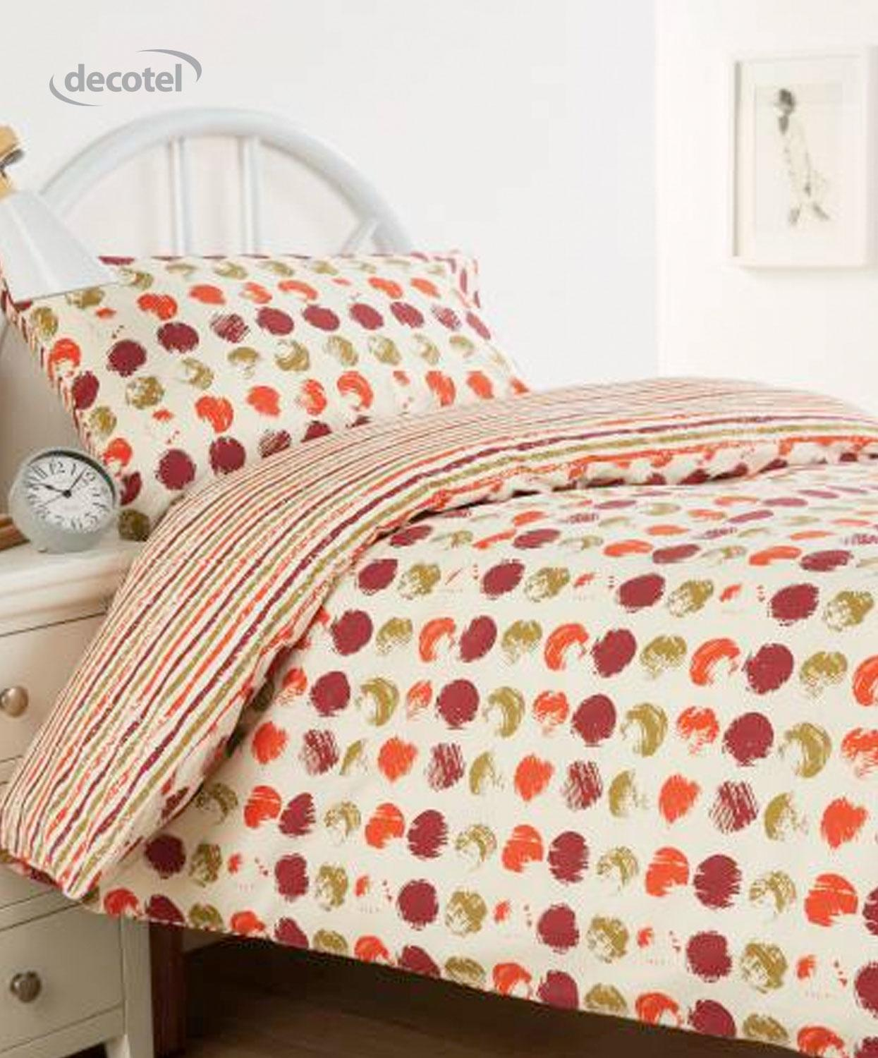 Harrow duvet cover in maroon