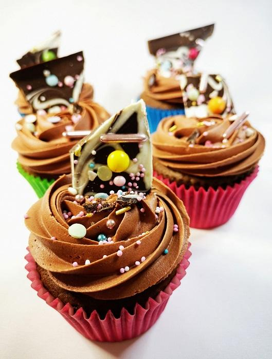 Marble Bark chocolate cupcake  pic 4