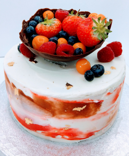 lavsish  fruit filled cake weddings strawberries summer fruits chocolate luxury modern abstract  london weddings
