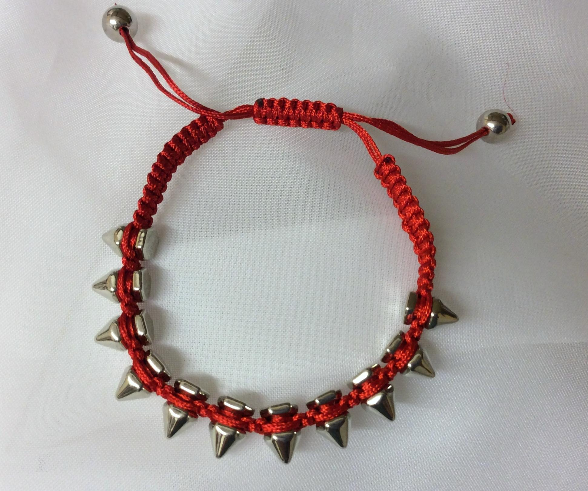 Bracelet Metal Spike Macrame Adjustable Red