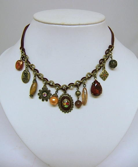 Ladies Antique Style Fashion Charm Necklace