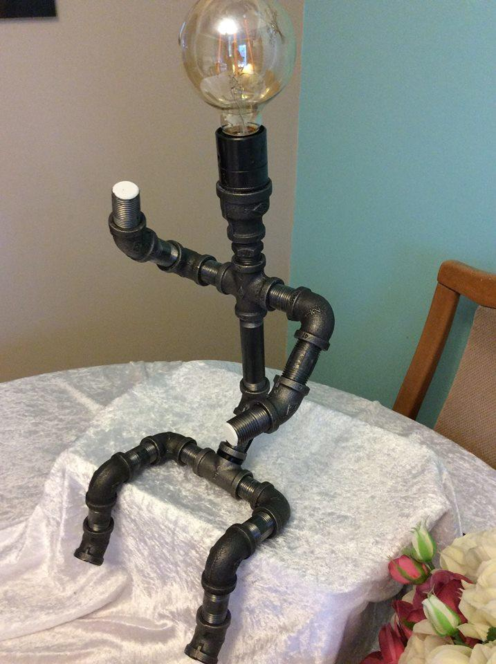 Industrial Retro Steel Pipe Table/Desk Lamp Iron Man Sitting