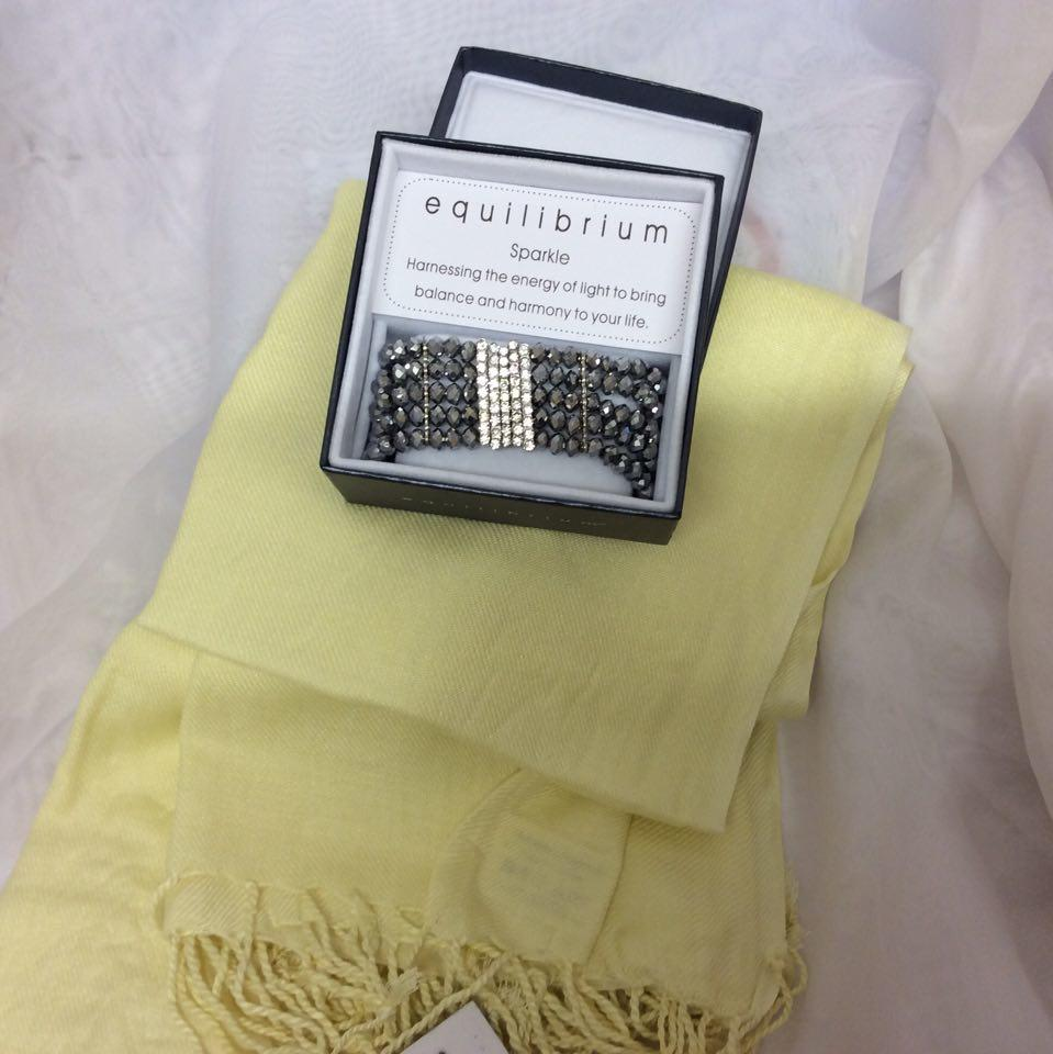 Pashmina and Bracelet Gift Pack Yellow