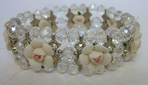 Ladies Trevi Cuff Bracelet 3 String Flower White