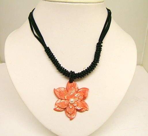 Ladies Coral Necklace Floral Pear lPink