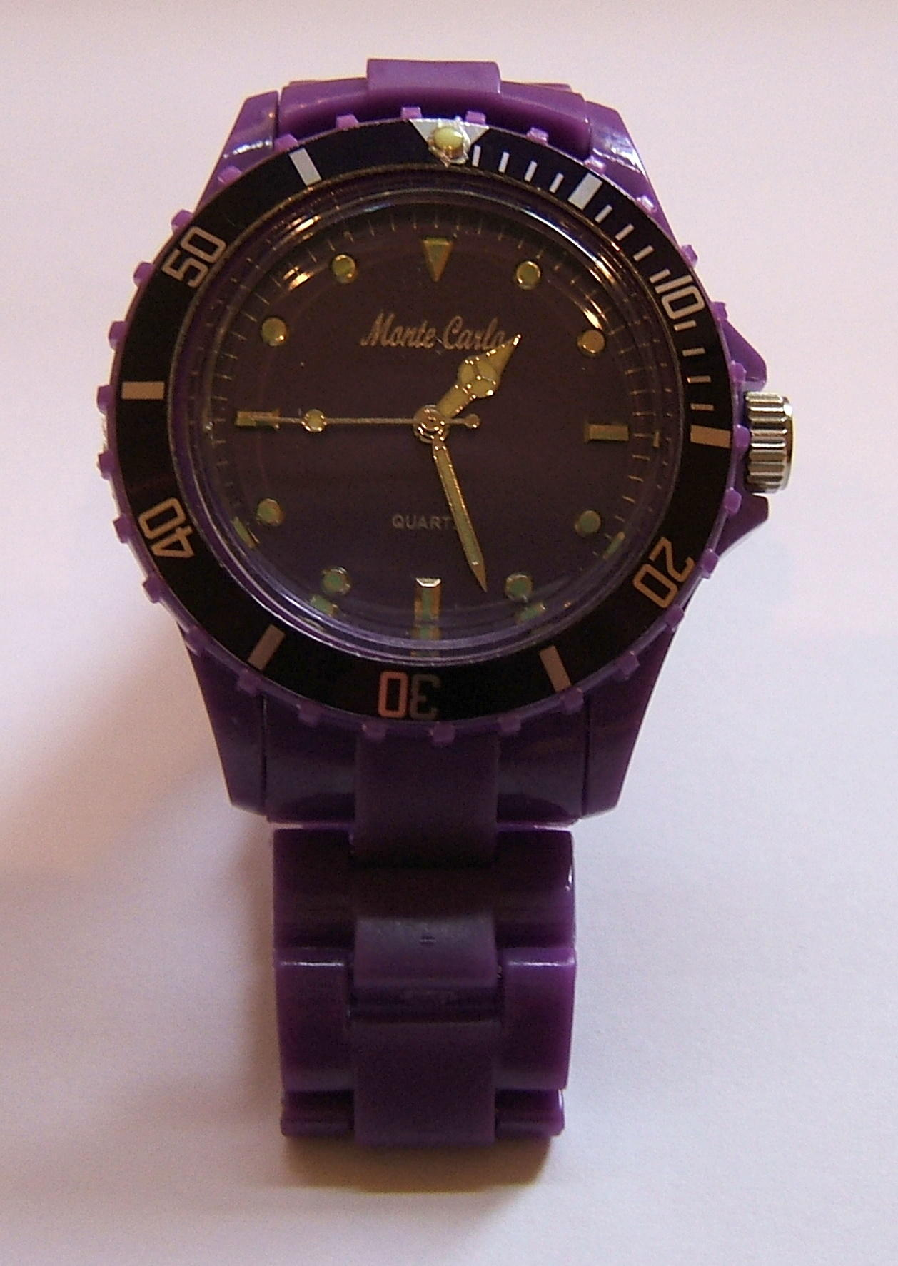 Monte Carlo Unisex Fashion Watch Purple