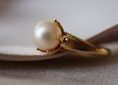 Pearls are soft enough enabling you to work them with steel pearl drills or diamond ball burrs and glued into settings with jewellery adhesives.