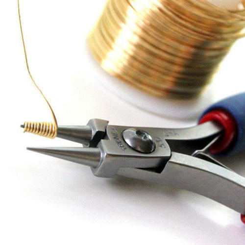 Round nose short jaw pliers for jewellery making