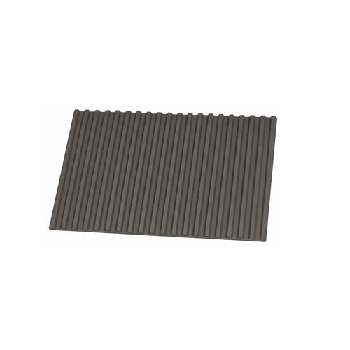 anti slip ridged bench mat by Horotec to prevent tools from rolling