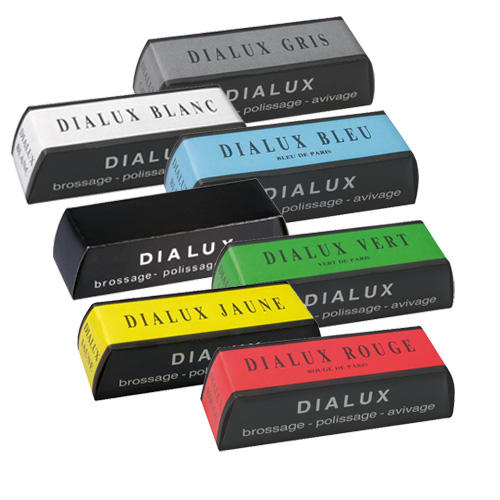 Dialux polishing compounds for polishing all metals