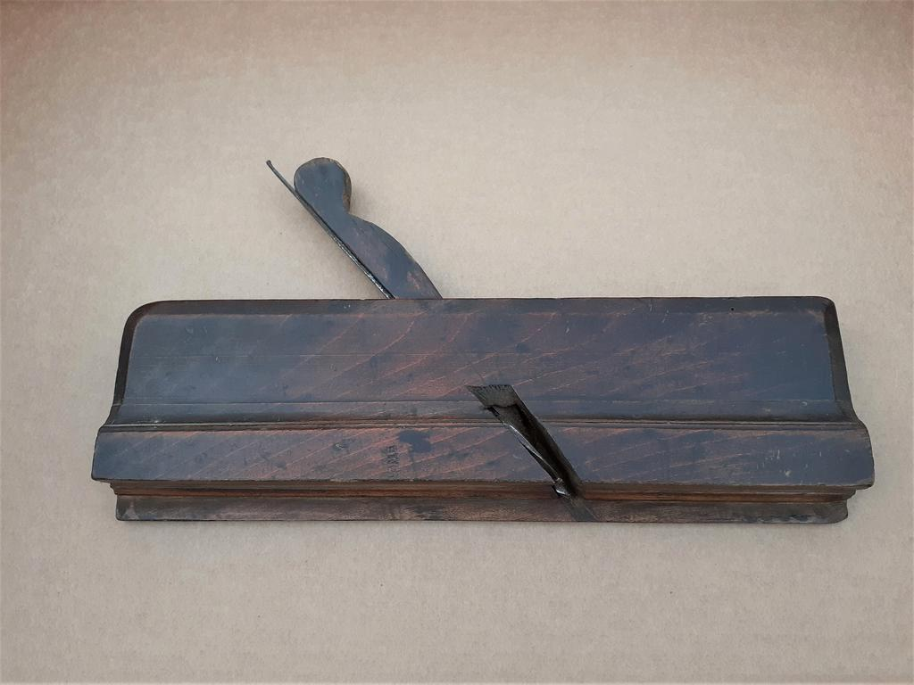 Early 18th Century ELLIS WRIGHT Moulding Plane