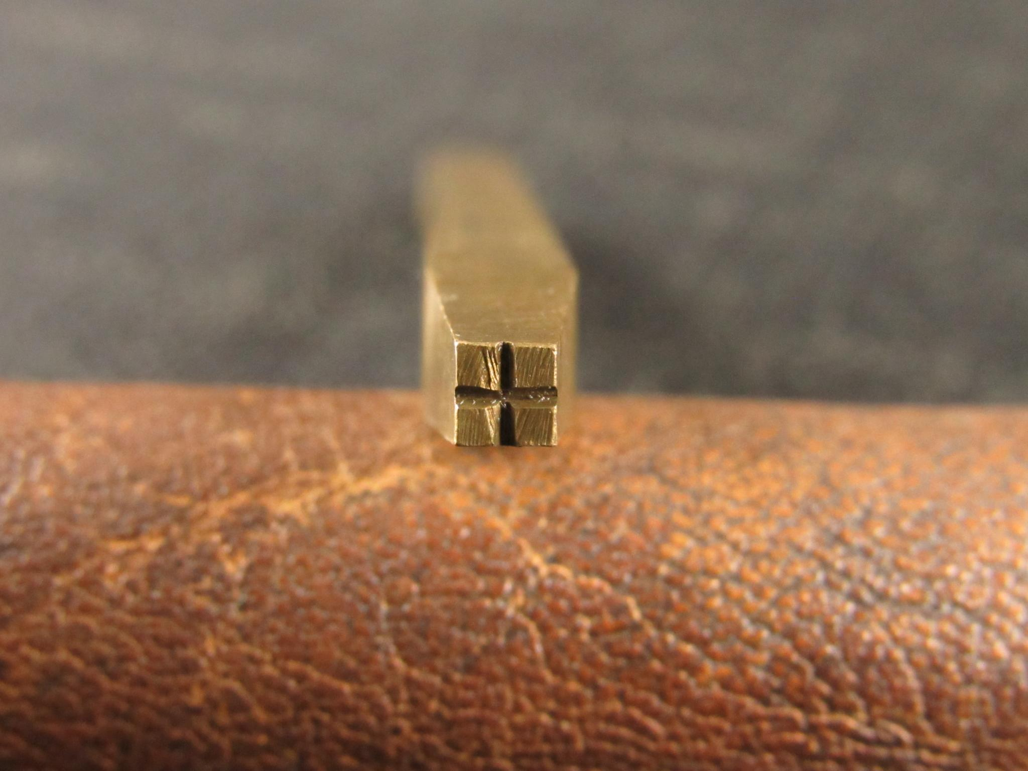 Vintage Brass Background Punch - No.3